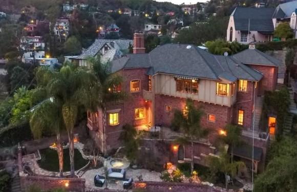 [WOHNEN]: Das Bela Lugosi Haus