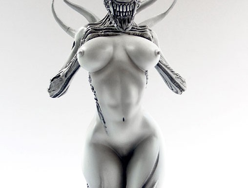 [COOL SHIT]: Space Art – Female Alien Mother
