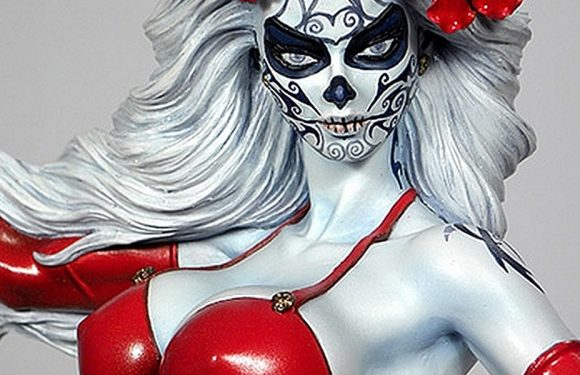 [COOL SHIT]: Lady Death La Muerta